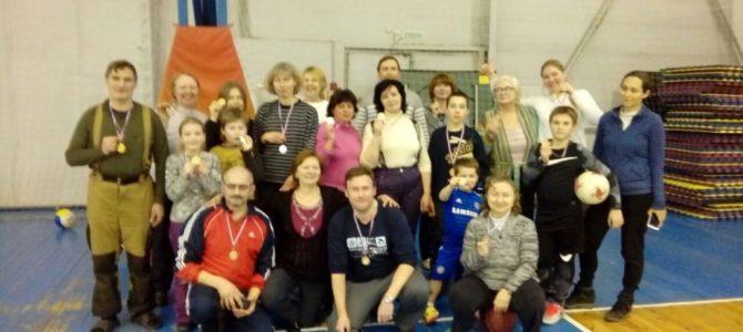 Участники семейных клубов трезвости Северного викариатства приняли участие в зимнем спортивном празднике