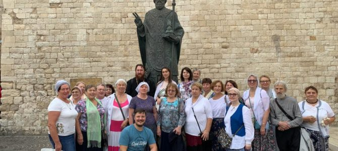 Группа верующих во главе с иереем Алексием Авдюшко вернулась из Греческого паломничества